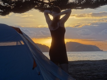 Sonnenaufgang am Strand - schon fast kitschig
