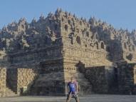 Auch beim Borobudur Tempel herrscht Sarong-Pflicht