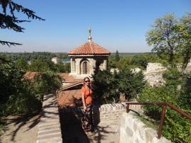 Vor der St. Petka Kapelle