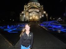 St. Sava Kirche bei Nacht