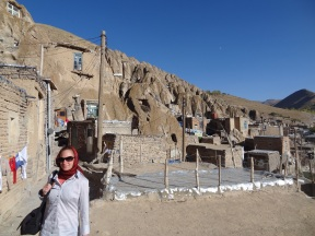 More rock houses still in Kandovan