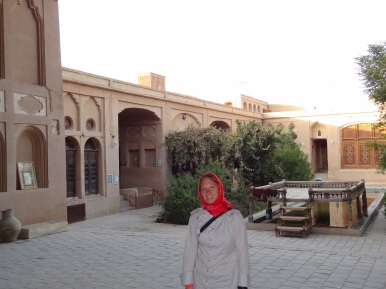 In einem Innenhof in der Altstadt von Yazd