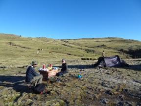Frühstück im Geech Camp (beachte Bodenfrost)