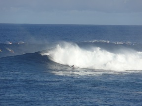 Peahi - Jaws (no, it's definitely not me)